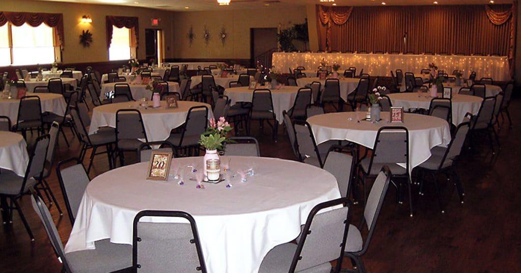 KC Hall Fond du Lac wedding reception seating.