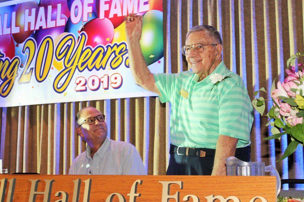Award winner at Fond du Lac Softball Hall of Fame Banquet 2019.